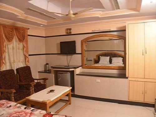 A/C DOUBLE SUITE ROOM